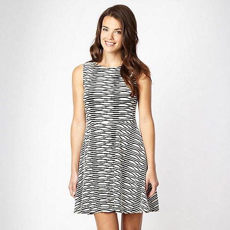 Red Herring - Black wavy striped skater dress