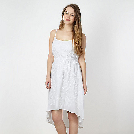 Red Herring - White dipped hem applique dress