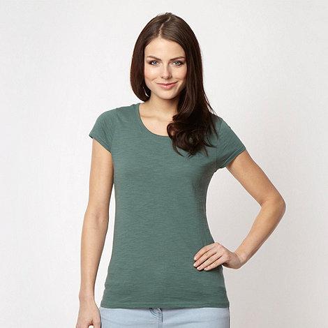 Red Herring - Dark green textured t-shirt