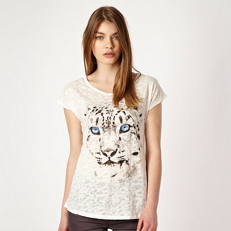 Red Herring - White burnout snow leopard t-shirt