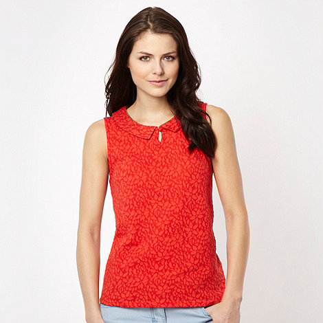 Red Herring - Red lace peter pan collar vest