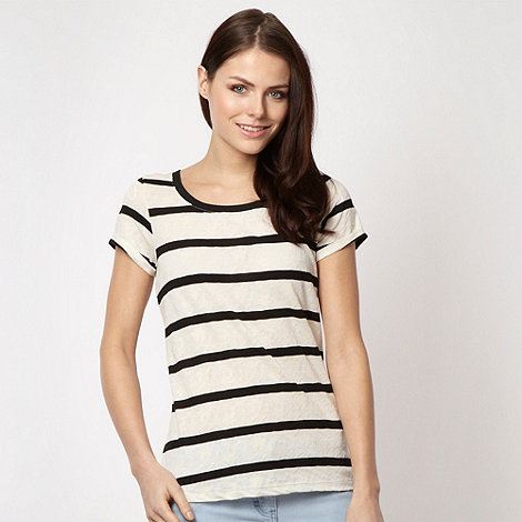 Red Herring - Black jacquard floral striped t-shirt