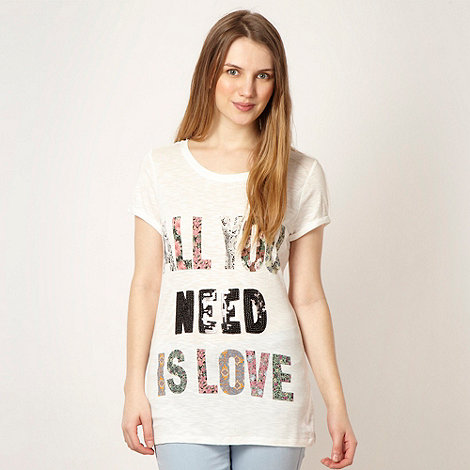 Red Herring - White floral +ALL YOU NEED IS LOVE+ t-shirt