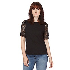Red Herring - Black lace sleeves t-shirt