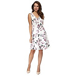 Red Herring - Ivory floral print scuba 'Sally' shift dress