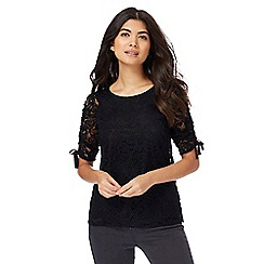 Red Herring - Black ruched sleeves lace top
