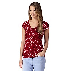 Red Herring - Dark red spotted t-shirt