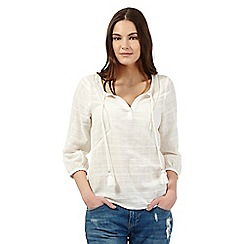 Red Herring - Ivory textured tassel top