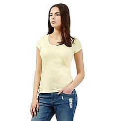 Red Herring - Yellow scoop neck t-shirt