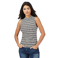 Red Herring - White striped turtle neck shell top