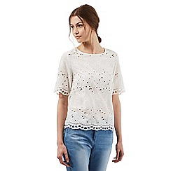 Red Herring - Ivory white embroidered cut-out shell top
