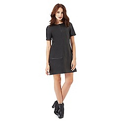 Red Herring Petite - Black whip stitch shift dress