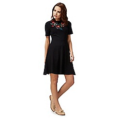 Red Herring - Black floral t-shirt skater dress