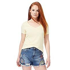 Red Herring - Yellow cross back t-shirt