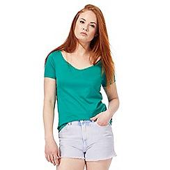 Red Herring - Green cross back t-shirt