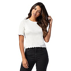 Red Herring Petite - Ivory scalloped top