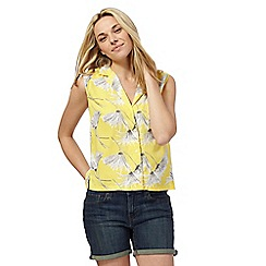 Levi's - Yellow floral print shirt