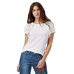 Red Herring - White frilled lace insert top