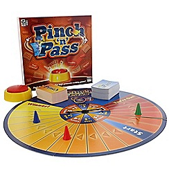 Hacche - Pinch & Pass game