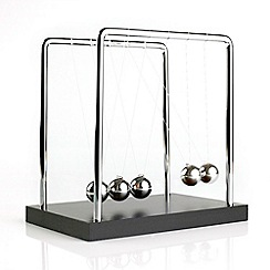 Funtime - Newton's Cradle Executive Desktop Toy