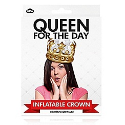 npw - Queen For The Day