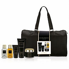 Baylis & Harding - Black Pepper and Ginseng Weekend Away Travel Bag Set