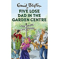 Boxer - Five Lose Dad In The Garden Centre