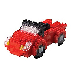 Debenhams - Pixel bricks car