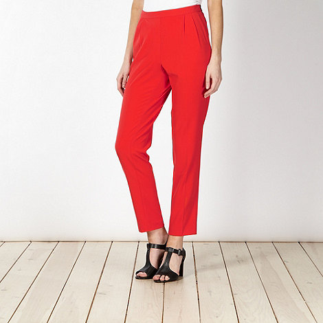 Betty Jackson.Black - Designer red pleated trousers