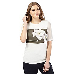 Betty Jackson.Black - Ivory short-sleeved hibiscus top