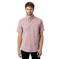 Jeff Banks - Big and tall designer dark pink floral short sleeved shirt