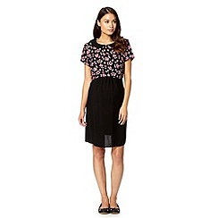Red Herring - Black floral peter pan collar maternity top