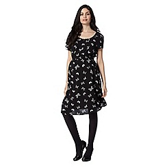 Red Herring Maternity - Black butterfly printed keyhole maternity dress