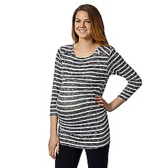 Red Herring Maternity - Red Herring Maternity Black striped maternity lightweight zip top