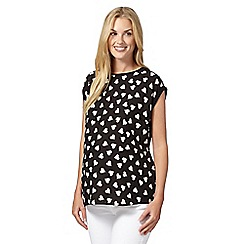 Red Herring Maternity - Black heart print maternity top