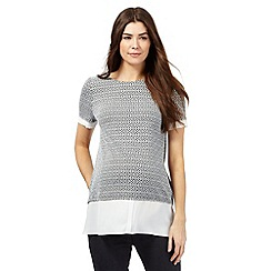 Red Herring Maternity - Black and white textured tile print 2-in-1 top