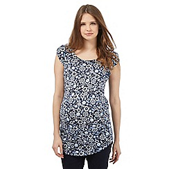 Red Herring Maternity - Navy floral print top