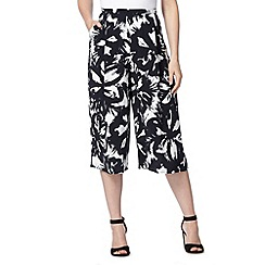 RJR.John Rocha - Designer ivory floral abstract shorts