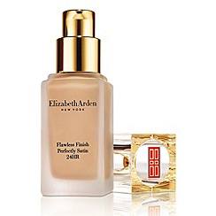 Elizabeth Arden - 'Flawless Finish Perfectly Satin 24HR' make up 30ml