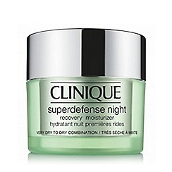 Clinique - Superdefense Night Recovery Moisturiser 1/2 Dry/Combination 50ml