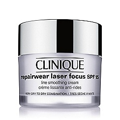 Clinique - Repairwear Laser Focus SPF15 Line Smoothing Cream - Very Dry to Dry Combination