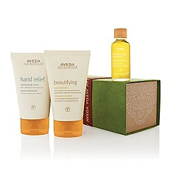 Aveda - A gift of uplifting moments