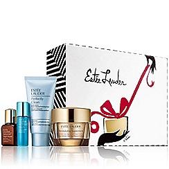 Estée Lauder - 'Global Anti-Aging Essentials' Christmas gift set