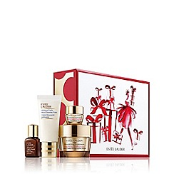 Estée Lauder - Limited edition 'Revitalizing Supreme+ Global' anti-ageing skincare gift set