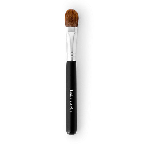 bareMinerals - Light stroke brush
