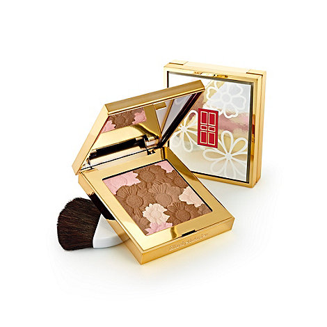 Elizabeth Arden - Pure Finish Radiant Bronzing Powder in Soft