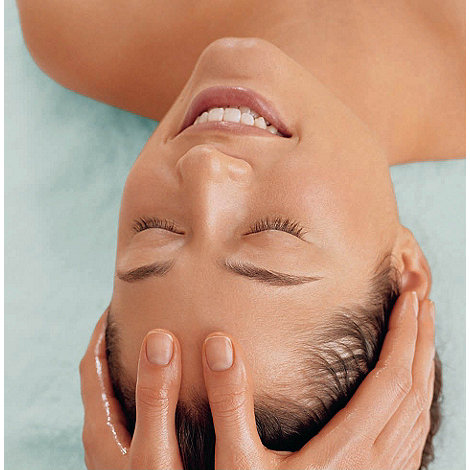 Clarins - Youth activator treatment (1hr 20mins)
