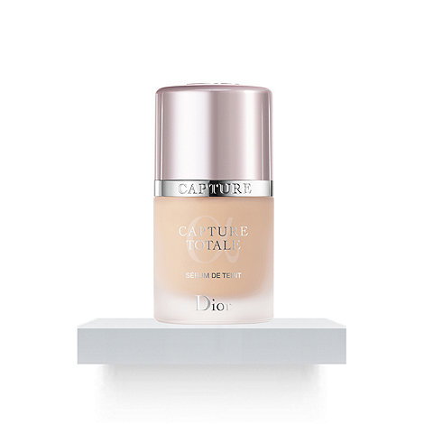 DIOR - Capture Totale - Radiance Restoring Serum Foundation