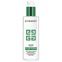 Givenchy - Vax'in For Youth Detox Water