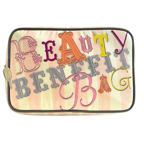 Benefit - Benefit travel beauty bag